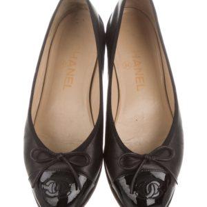 b277d831b8 Chanel Leather Cap-Toe Flats