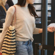 rs_634x1024-170626073852-634_Meghan-Markle-Toronto-Airport-London-EXCLUSIVE-J3R-062617