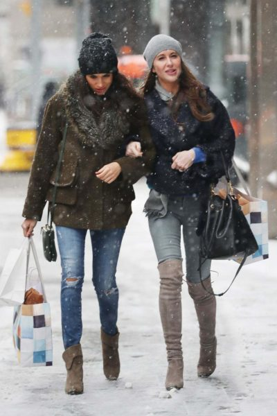 Stylist Saturday : Meghan Markle's Winter Shopping Style