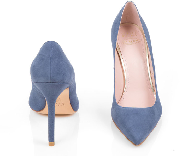 clearance new high quality online Scoop Stuart Weitzman Suede Pointed-Toe Pumps classic shipping discount sale NER2w