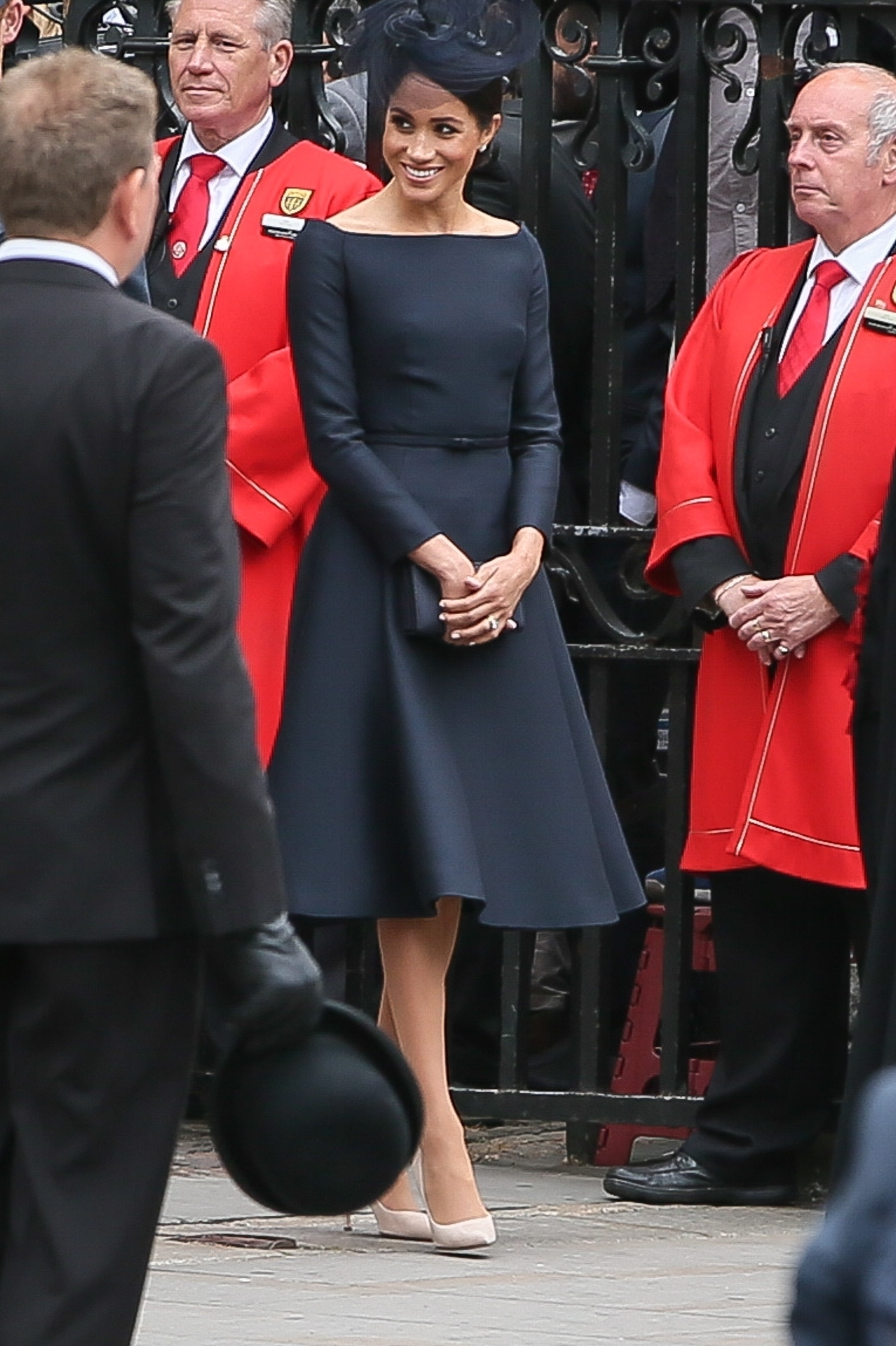 A Royal Year in Review - Breaking Down Meghan s Style in 2018 ... 11d27352c7da