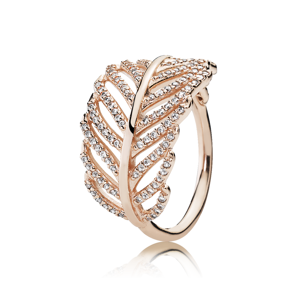 Pandora Light As A Feather Ring In Gold